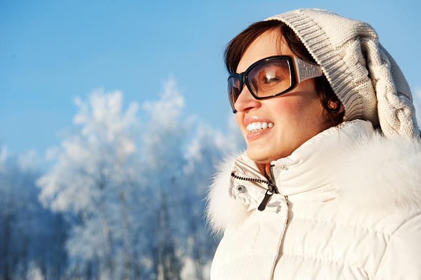 Reasons to Wear Sunglasses in Winter