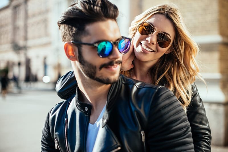 If Your Wholesale Sunglasses Aren't Fashion Frames, They Won't Sell