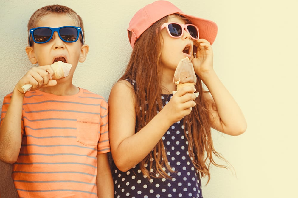 sunglasses party favors kids eating gelato