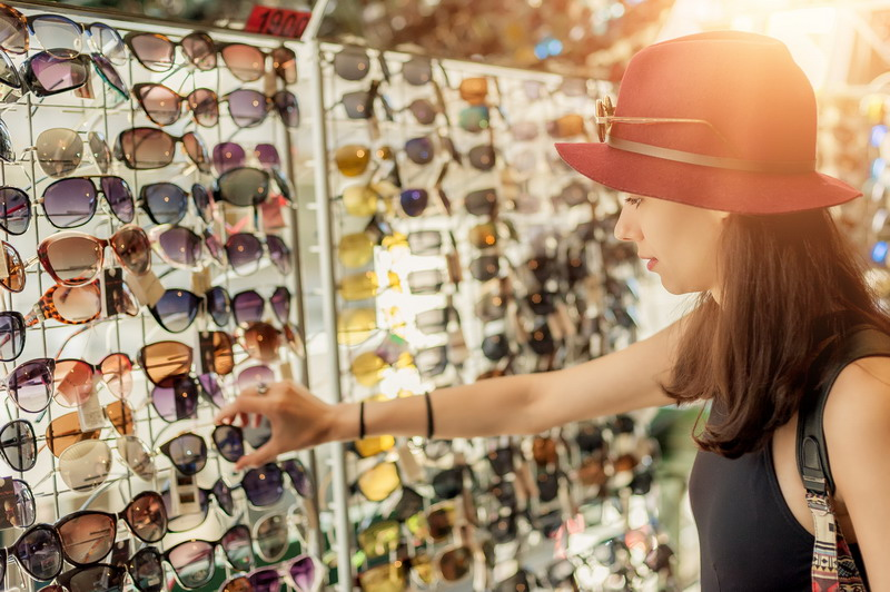 How to Sell Sunglasses at Pop-Up Shops
